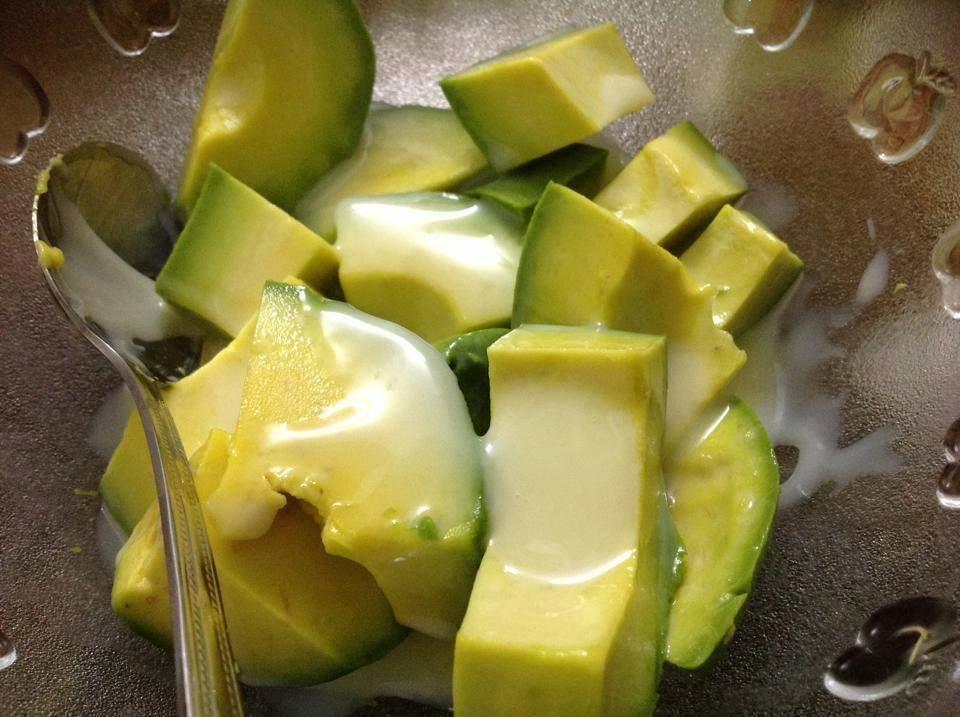 thịt quả bơ sáp