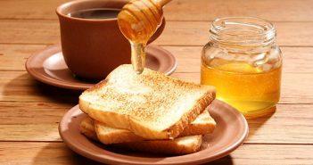 Nên dùng mật ong thay thế cho đường