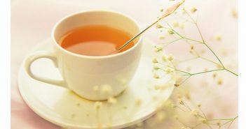 mật ong pha nước ấm giúp giảm cân